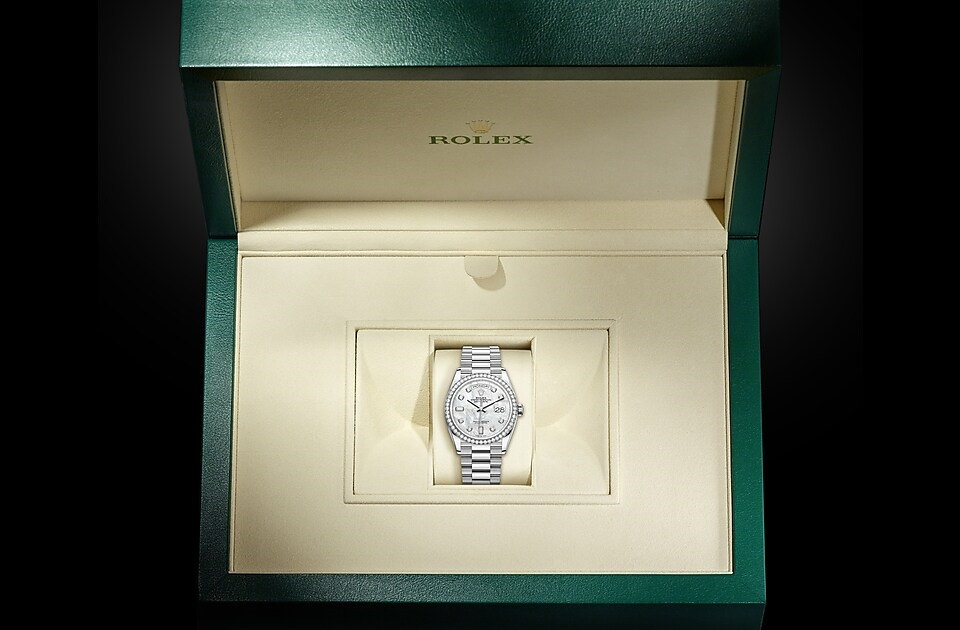 watch_assets_in_box_m128349rbr-0004