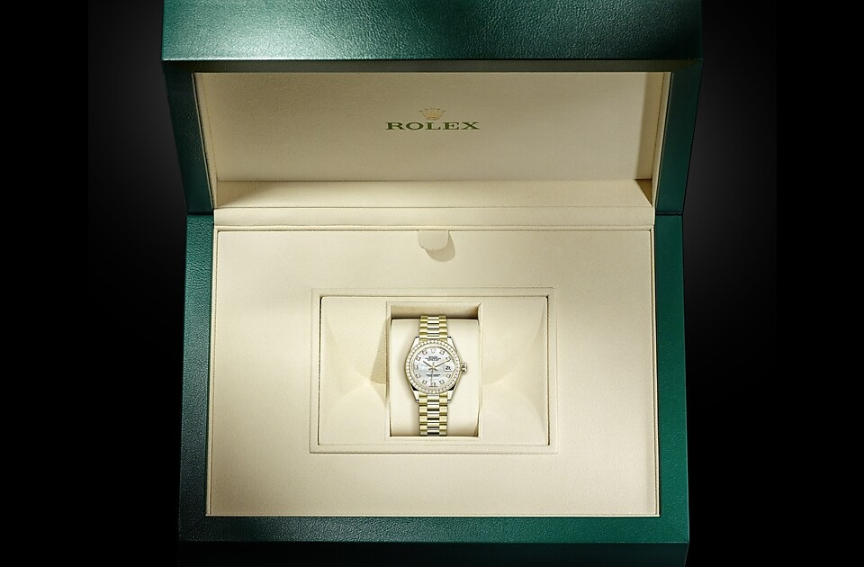 watch_assets_in_box_m279138rbr-0015